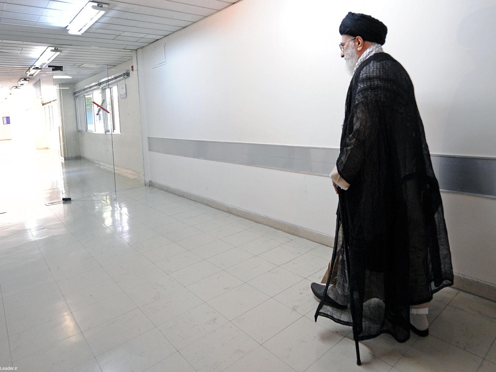 رهبر انقلاب پس از ترخیص از بیمارستان: تشکر از اظهار محبت اقشار مختلف مردم و ملتها؛ ائتلاف مبارزه با داعش پوچ است
