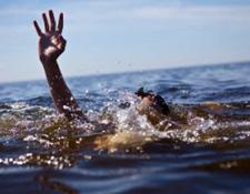 جریان شکافنده دریای تنکابن اعضای چهار نفره یک خانواده را بلعید
