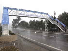 احداث16 پل عابر پياده در محورهاي مواصلاتي  مازندران