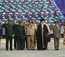 رهبر معظم انقلاب اسلامي: دشمنان با ساختن گروههای مسلح بهنام اسلام «اسلام هراسی» میکنند