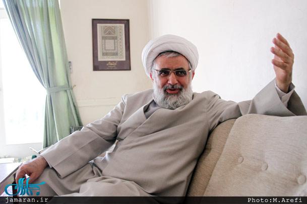 فلاحیان: سوار شدن به پراید حرام است
