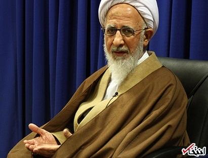 اقتصاد ایران فلج است، چون بانک های ربوی داریم؛ این بانکها در حکم محاربه با خدا هستند