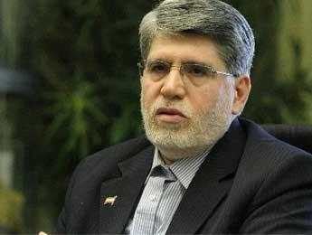 احمدی نژاد با اصولگرایان کار سیاسی مشترکی انجام نمی دهد
