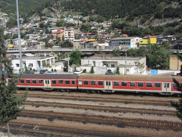 افزایش یک رام قطار مسافری حومه ای در مسیر پل سفید – گرگان