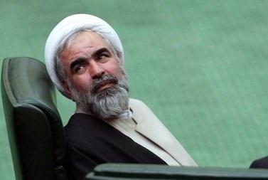 اگر اصولگرایان چیزی هم دارند به خاطر احمدی نژاد است اینها سابقه ای از خدمت ندارند و مهم نیستند
