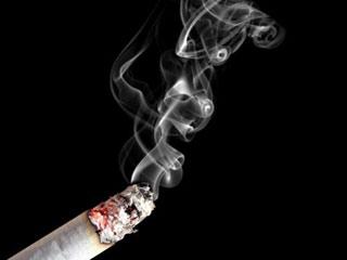 ضرر دود دست دوم سیگار مثل کشیدن ۸۰ نخ سیگار