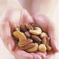 هر روز آجیل بخورید تا حمله قلبی و سرطان سراغتان نیاید