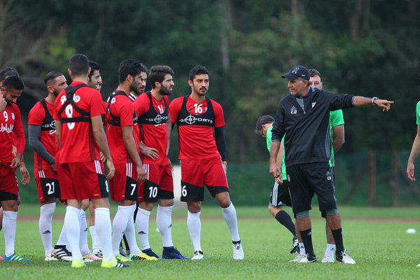 ستاره پیشین تیم ملی ایران به خارج از کشور رفت ؟