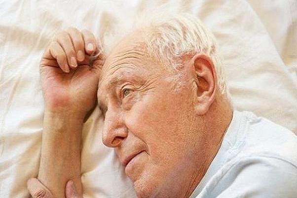 بی خوابی وارتباط آن با افسردگی واختلال دوقطبی