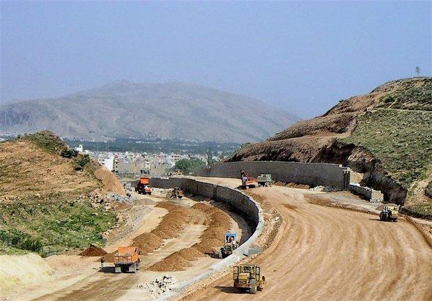 اجرای ۲۴۰۰ کیلومتر پروژه آزادراهی در کشور آزادراه