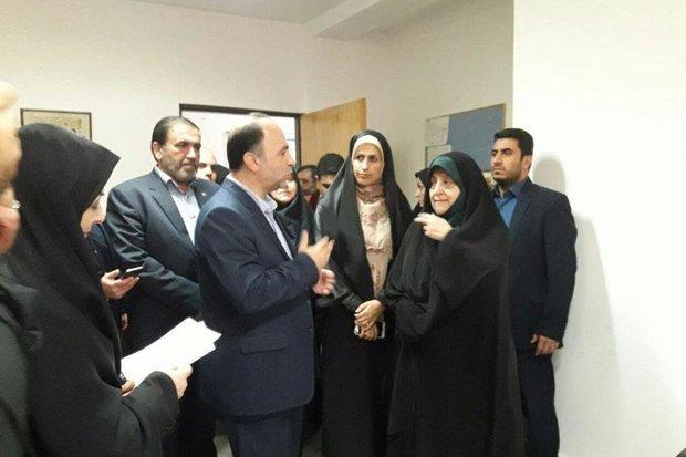 ۱۲۷ هزار نفر از زنان مازندران سرپرست خانوار هستند
