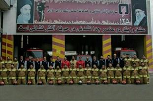 اعزام آتشنشانان ساروی به مناطق زلزلهزده غرب کشور