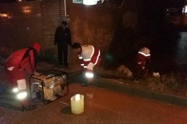 امدادرسانی در ۹ استان گرفتار توفان و سیل/ برپایی چادرهای اسکان