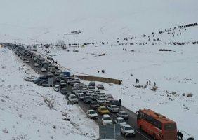 مسدود شدن جاده ساری_ کیاسر به جهت بارس شدید برف وریزش کوه
