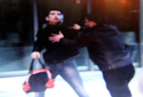 کتک کاری و احتمال بمب گذاری در مراسم سخنرانی احمدی نژاد در ترکیه (+عکس)