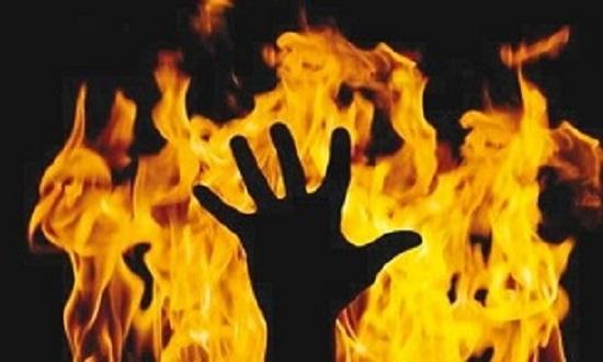 آتشسوزی مهیب در کارخانه چینی مقصود