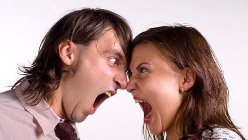 ۱۵ تکنیک برای مدیریت دعواهای زناشویی