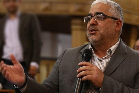 آقای روحانی! فسادهای دولت احمدی نژاد را افشا کنید