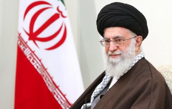 آنچه در خوزستان پیش آمد، دل انسان را میخراشد/مسئولان به فکر مردم باشند
