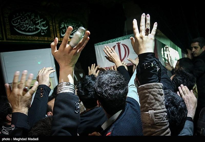 حضور گسترده مردم در مصلی تهران برای وداع با شهدای آتشنشان