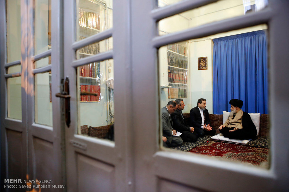 عراقچی با تعدادی از مراجع و علمای قم دیدار کرد