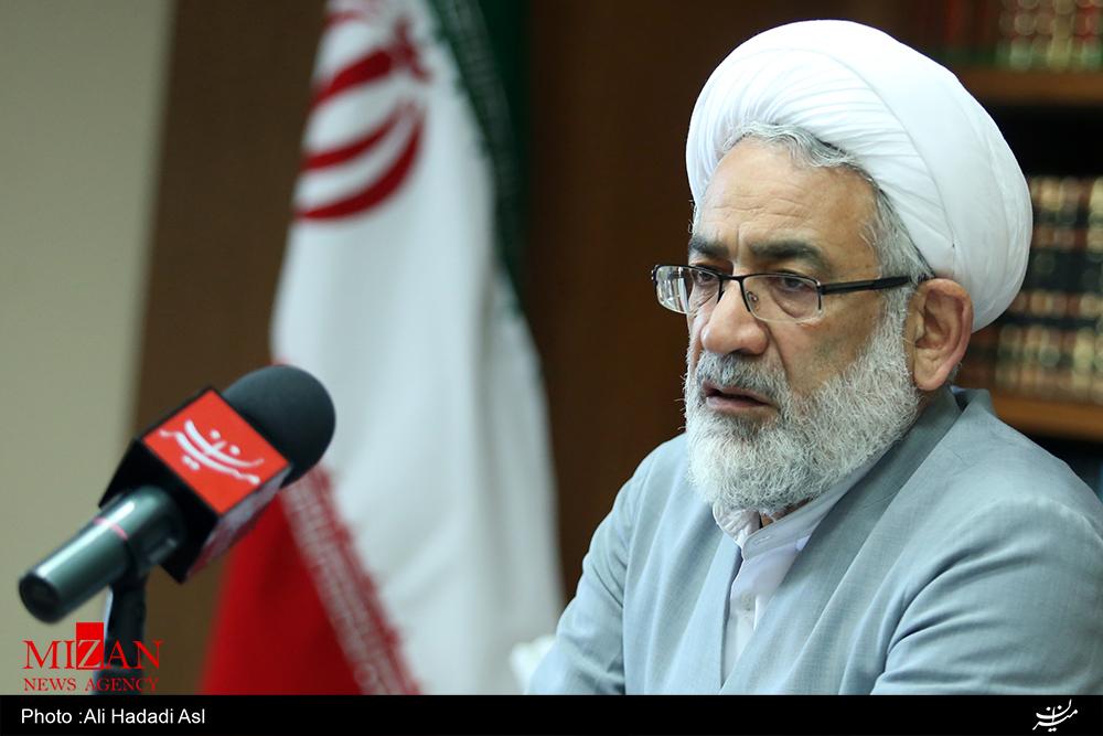 ریشه خارج از کشور اراذل خیابان پاسداران تهران