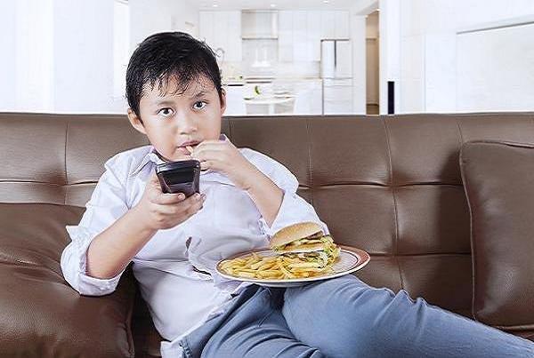 آیا در غذای کودکان مواد شیمیایی سمی وجود دارد؟