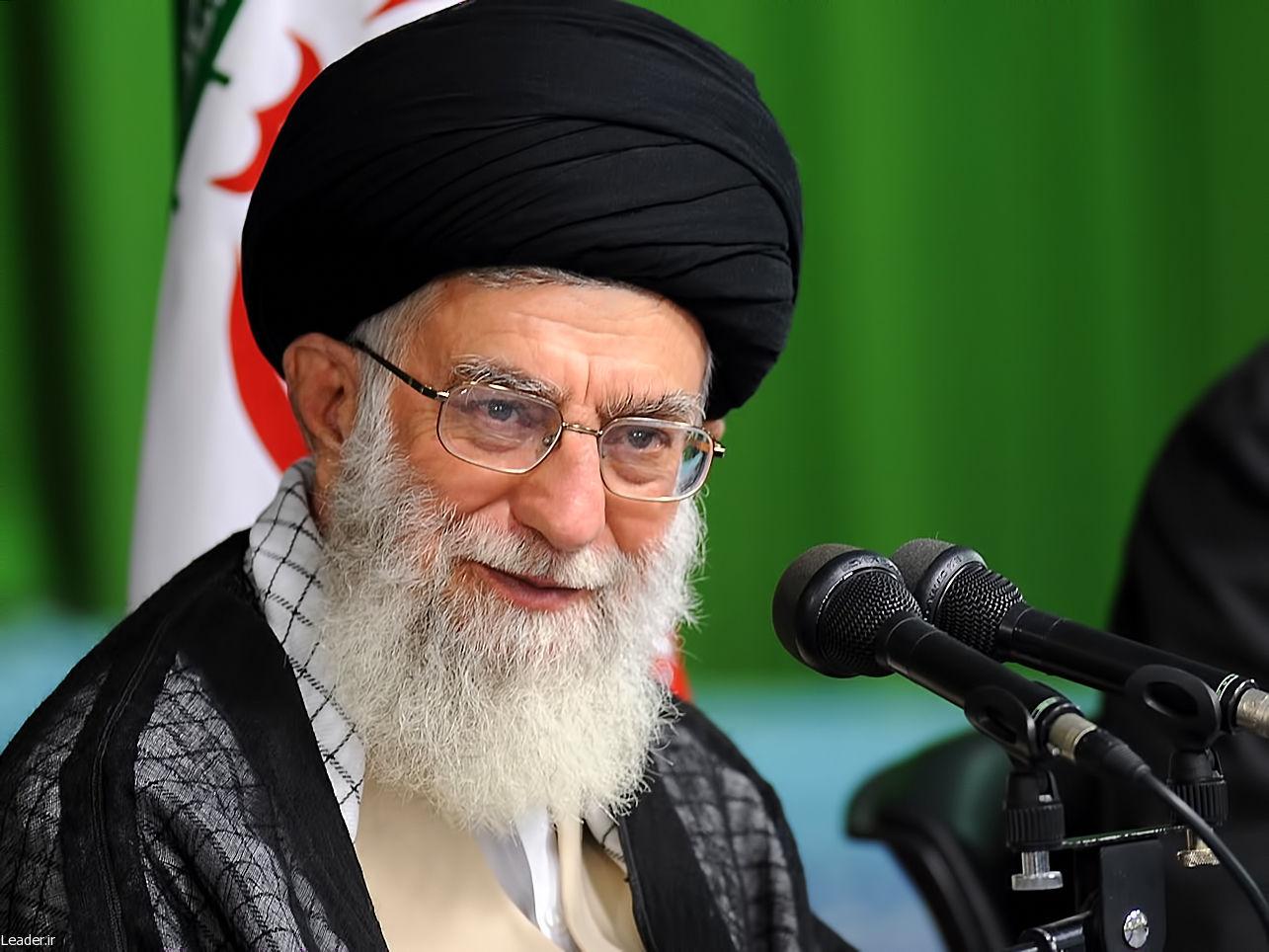 «همه سوگواران حسینی، هیئتها و مداحان موظفاند به هرچه ستاد ملی مبارزه با کرونا اعلام میکند، عمل کنند