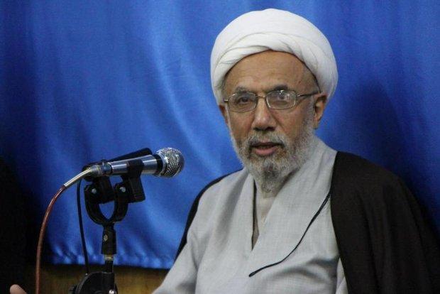 اربعین حسینی روز عزت امت اسلامی است
