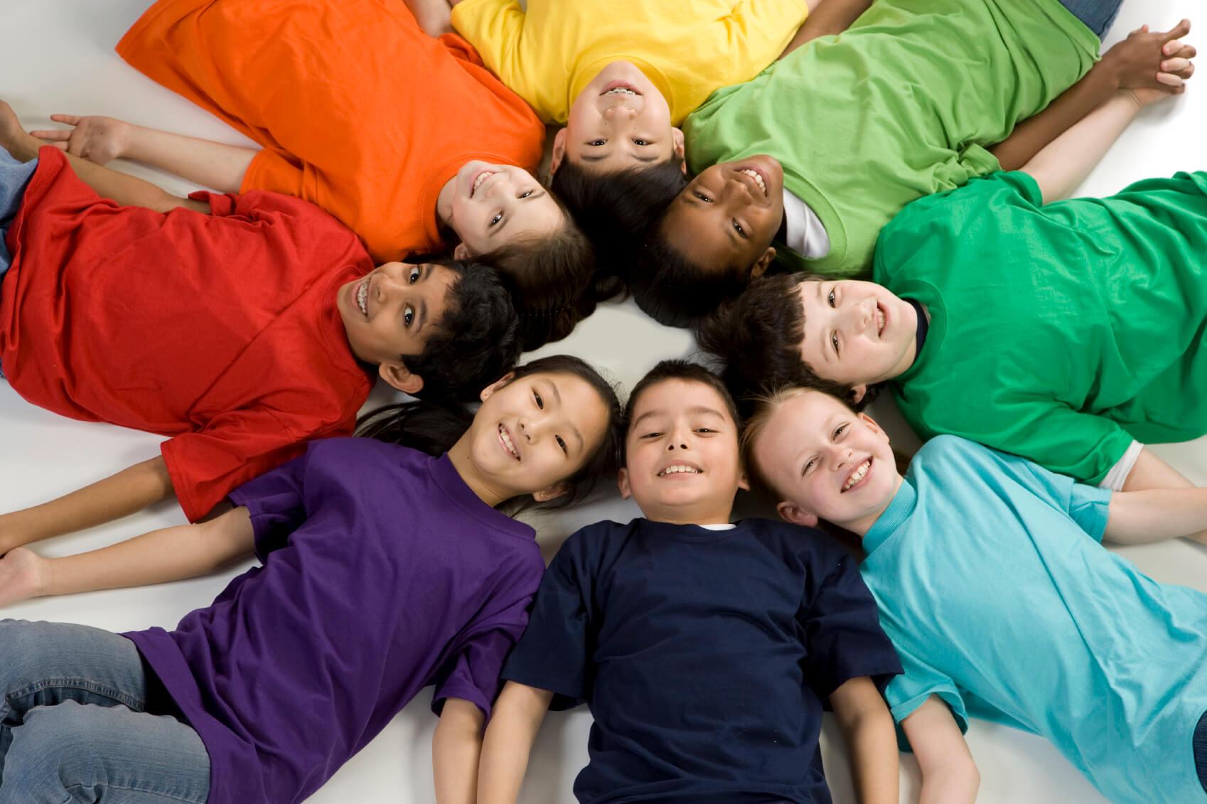 اجتماعی شدن کودکان در گرو انجام فعالیتهای گروهی